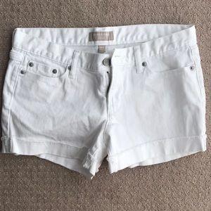 White Banana Republic Jean shorts worn once!Size 6